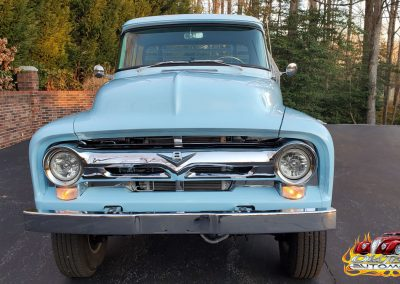 1956 Ford F100 Pickup in light blue
