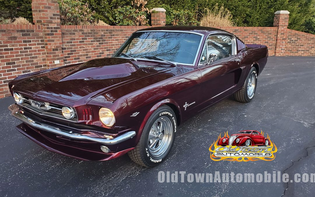 SOLD – 1966 Ford Mustang Fastback
